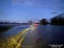 2021.02.04 PKW im Hochwasser